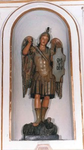 statua san michele