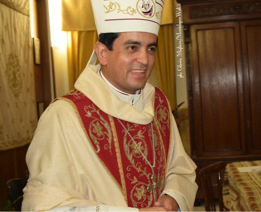 Vescovo-00008a